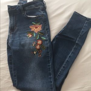 Old navy embroidered jeans